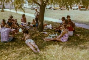1972 - Lunch in the shade