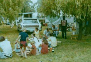 1973 - Lawn spread